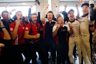 Will Bamber, Earl Bamber, EBM, Sebastian Golz, Pascal Zurlinden, Porsche Motorsport, Dirk Werner, Dennis Olsen, EBM