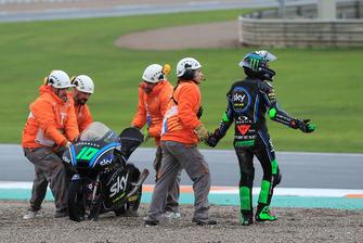 Dennis Foggia, Sky Racing Team VR46, después de la caída