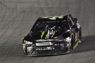 Kurt Busch, Stewart-Haas Racing, Ford Fusion Monster Energy / Haas Automation celebra