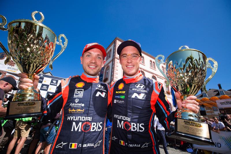 Segundos: Thierry Neuville, Nicolas Gilsoul, Hyundai i20 WRC, Hyundai Motorsport