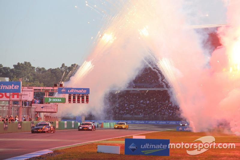 Paul Di Resta, Mercedes-AMG Team HWA, Mercedes-AMG C63 DTM; Marco Wittmann, BMW Team RMG, BMW M4 DTM and Timo Glock, BMW Team RMG, BMW M4 DTM