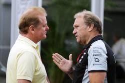 Джолион Палмер, Renault Sport F1 Team и Роберт Фернли, Sahara Force India F1 Team