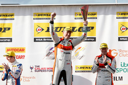 Podium: Matt Neal, Team Dynamics, second place, Gordon Shedden, Team Dynamics, third place, Sam Tordoff, West Surrey Racing