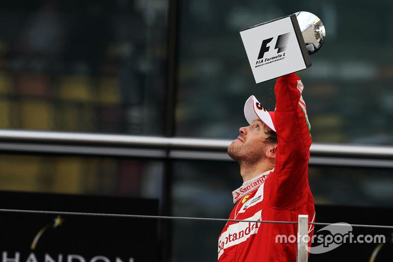 Podium: segundo lugar, Sebastian Vettel, Ferrari