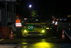 Stop and go for #75 Mann Filter Team Zakspeed, Mercedes-AMG GT3: Kenneth Heyer, Sebastian Asch, Luca