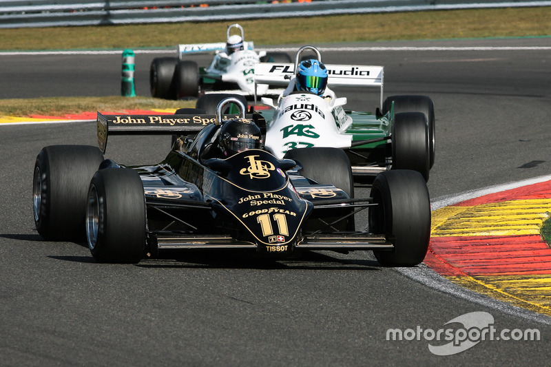 #11 Lotus 91/5 (1982): Gregory Thornton