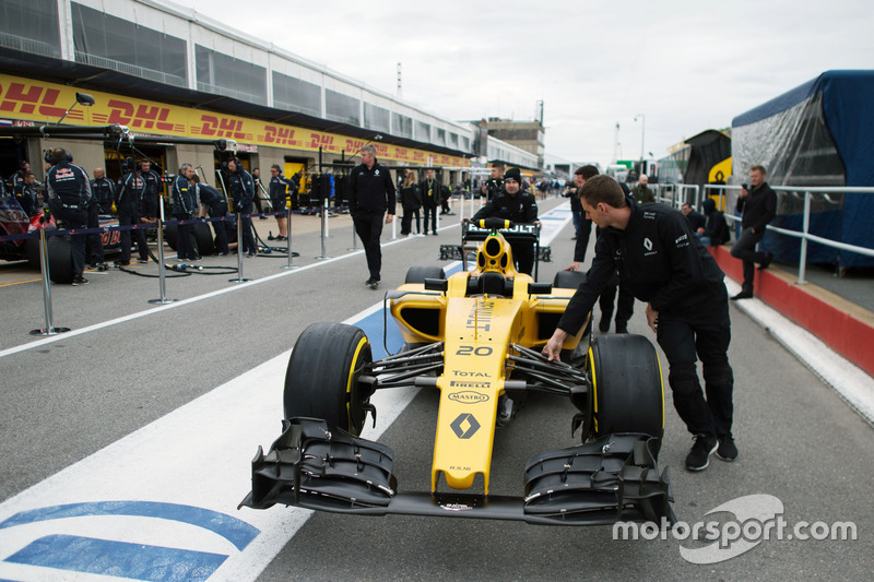 Renault Sport F1 Team RS16 pushed down the pit lane