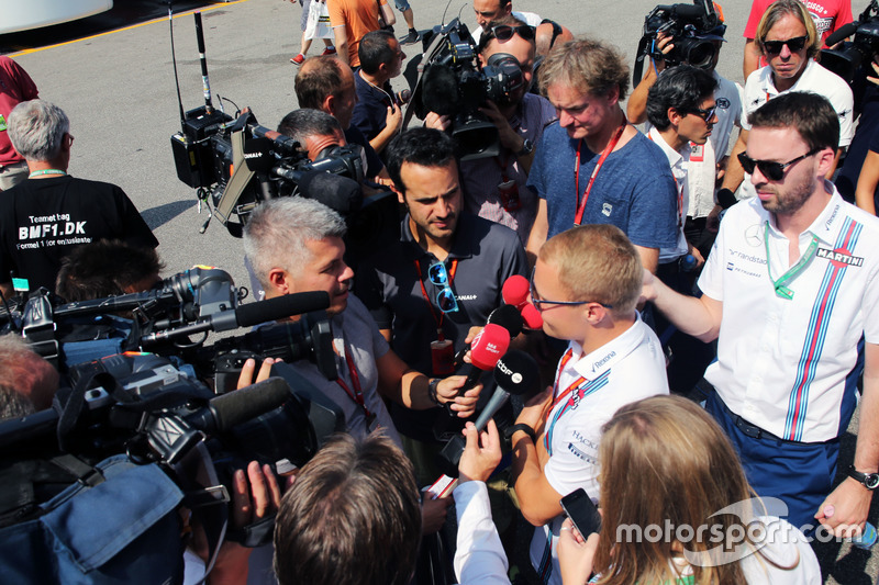 Valtteri Bottas, Williams with the media