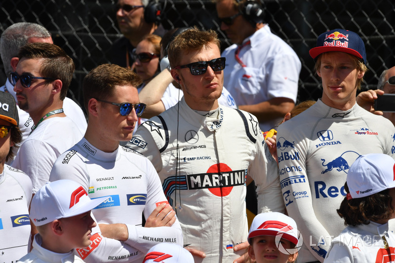 Stoffel Vandoorne, McLaren, Sergey Sirotkin, Williams e Brendon Hartley, Scuderia Toro Rosso, in griglia