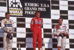 Podium: 1. Alain Prost, McLaren; 2. Riccardo Patrese, Williams; 3. Eddie Cheever, Arrows