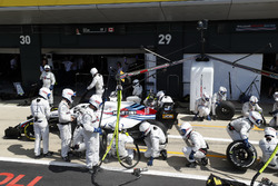 Lance Stroll, Williams FW41, en boxes