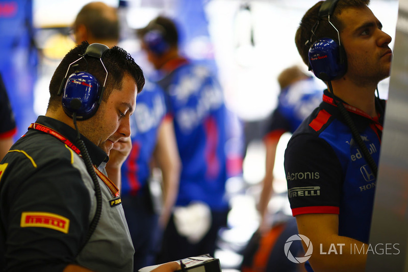 A Pirelli engineer in the Toro Rosso garage