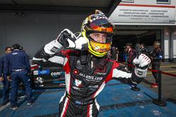 El ganador de la carrera Esteban Guerrieri, ALL-INKL.COM Münnich Motorsport Honda Civic Type R TCR