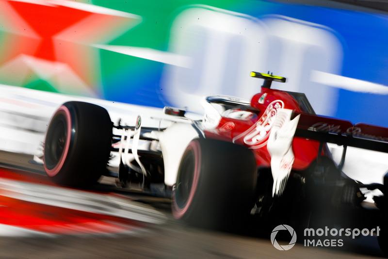 15 місце — Шарль Леклер, Sauber — 21
