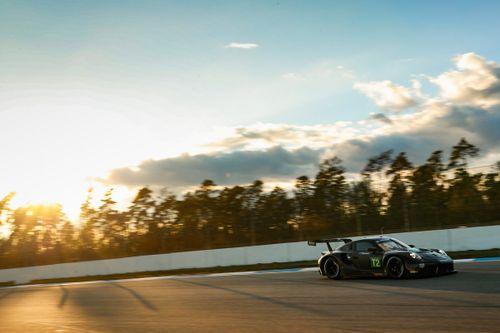 Essais de Porsche GT Team