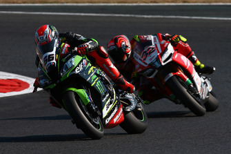 Tom Sykes, Kawasaki Racing, Lorenzo Savadori, Milwaukee Aprilia