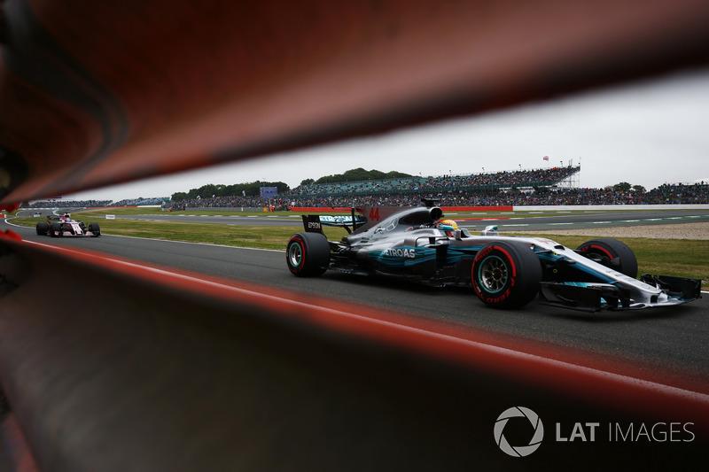 Льюіс Хемілтон, Mercedes AMG F1 W08, Серхіо Перес, Sahara Force India F1 VJM10