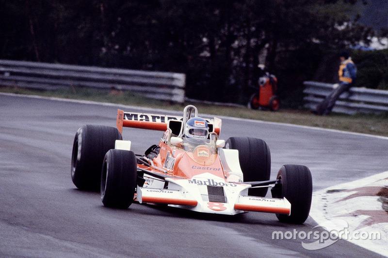 1976-1979: McLaren M26