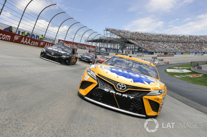 #9: NASCAR hinter dem Pace-Car
