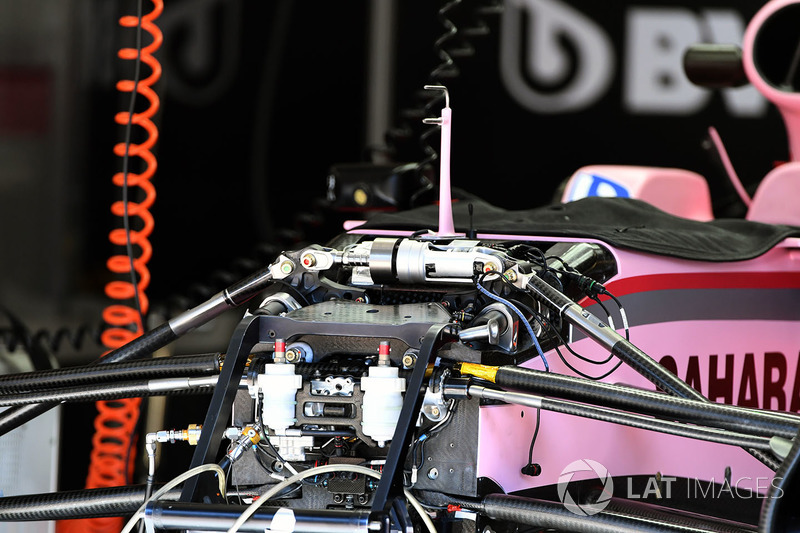 Sahara Force India VJM10 front suspension and chassis detail
