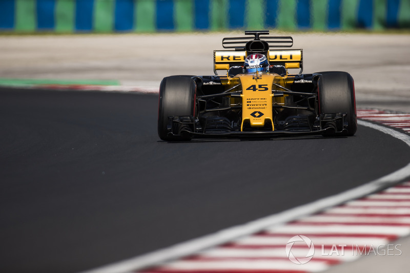 Ніколя Латіфі, Renault Sport F1 Team RS17