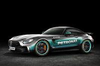 سيارة مرسيدس أي.أم.جي بألوان سيارة مرسيدس للفورمولا واحد