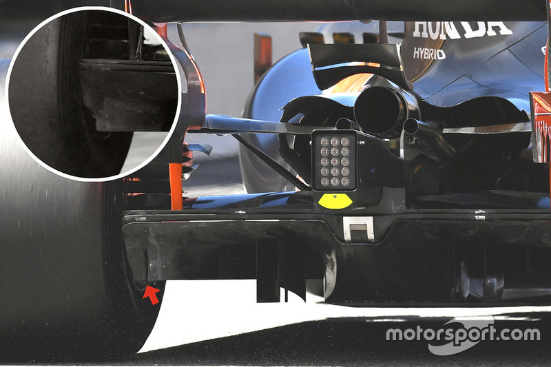 McLaren MCL32, задня частина