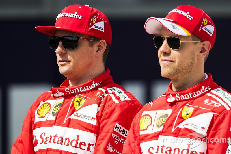 Kimi Raikkonen, Ferrari, et Sebastian Vettel, Ferrari