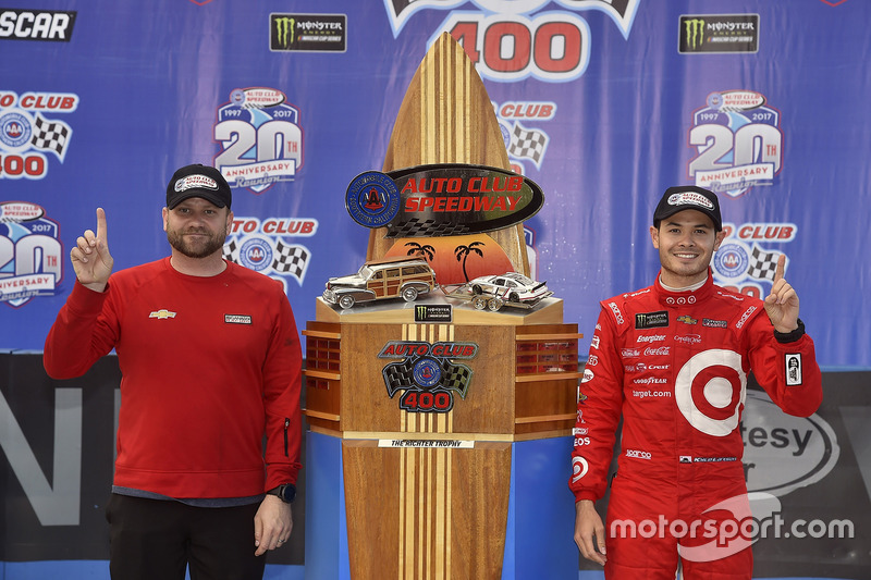Kyle Larson, Chip Ganassi Racing, Chevrolet, mit Crewchief Chad Johnston