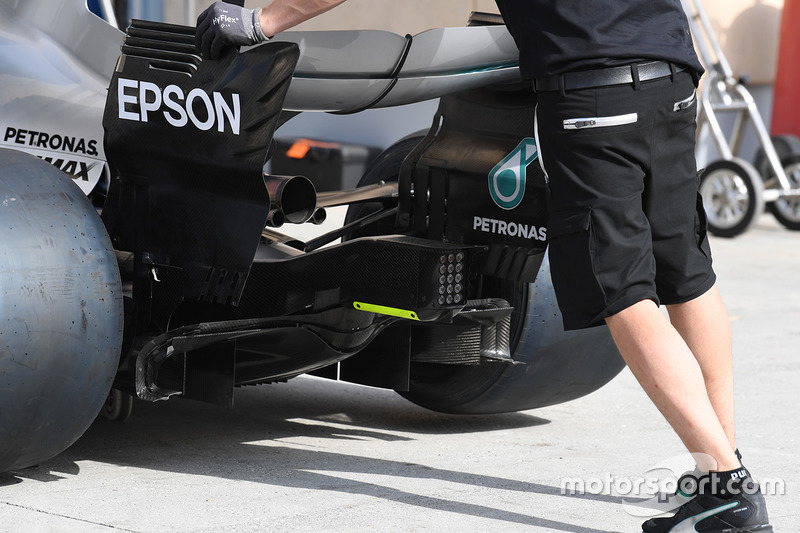 Mercedes-Benz F1 W08 Hybrid rear wing