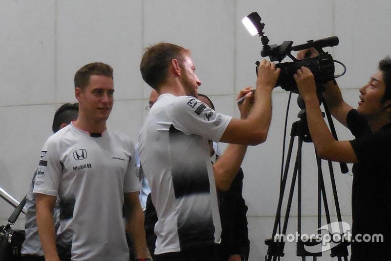 Jenson Button, Stoffel Vandoorne