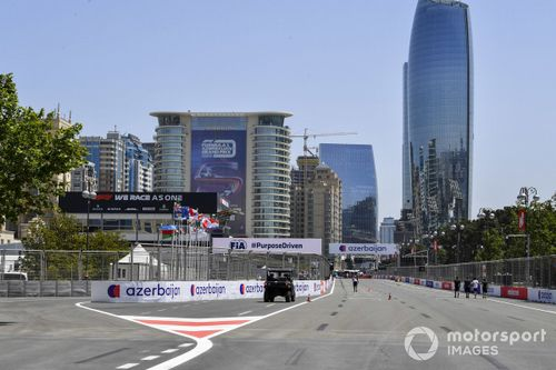 F1 Azerbaijan GP Live Commentary and Updates - FP3 and Qualifying