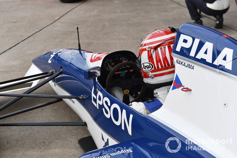 Kazuki Nakajima, Tyrrell 017 Leyendas F1 30 Aniversario vuelta de Demostración