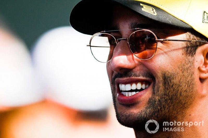 Daniel Ricciardo, Renault F1 Team talks to the media