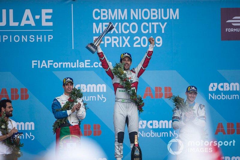 Race winner Lucas Di Grassi, Audi Sport ABT Schaeffler celebrates on the podium with Antonio Felix da Costa, BMW I Andretti Motorsports, 2nd position, Edoardo Mortara, Venturi Formula E, 3rd position