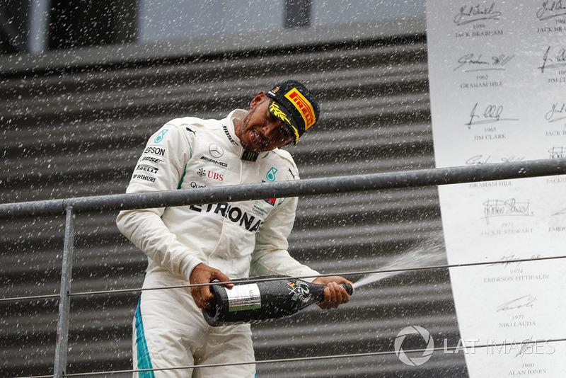 2e : Lewis Hamilton (Mercedes)