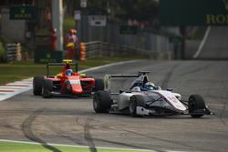 Matthew Parry, Koiranen GP leads Tatiana Calderón, Arden International