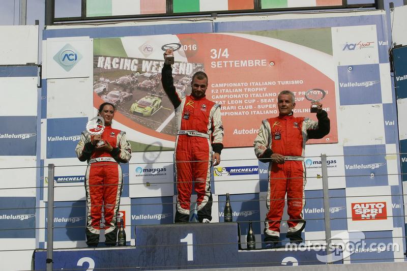 Gara 2 podio Radical, Michele Esposito (Autosport Sorrento,Radical Suzuki 1585-RAD #97), Ida Petrillo (Autosport Sorrento,Radical Suzuki 1585-RAD #98), Salvatore Tarantino (Autosport Sorrento,Radical Suzuki 1585-RAD #99)