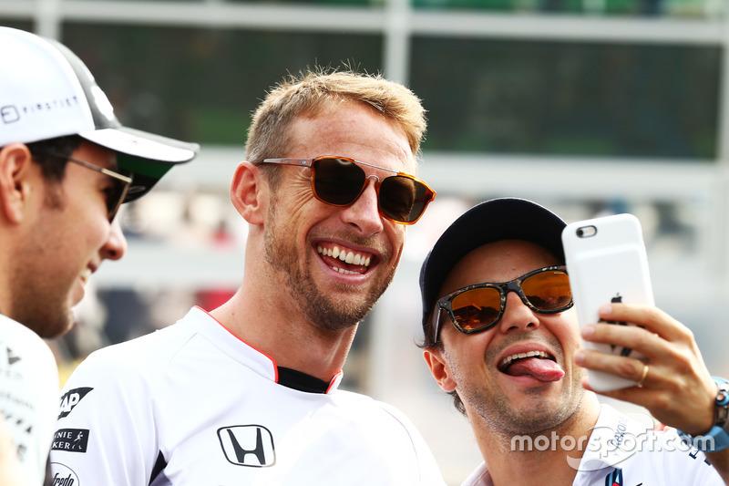 (L to R): Jenson Button, McLaren with Felipe Massa, Williams on the drivers parade