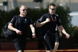 Valtteri Bottas, Mercedes AMG F1 with his trainer Antti Vierula