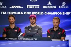 Romain Grosjean, Haas F1 Team, Fernando Alonso, McLaren, Kevin Magnussen, Haas F1 Team, in the press conference