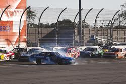 Elliott Sadler, JR Motorsports, OneMain Financial Chevrolet Camaro spinning on the backstretch