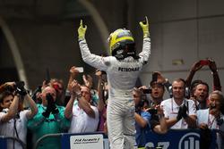 Race winner Nico Rosberg, Mercedes AMG F1 W03 celebrates in parc ferme
