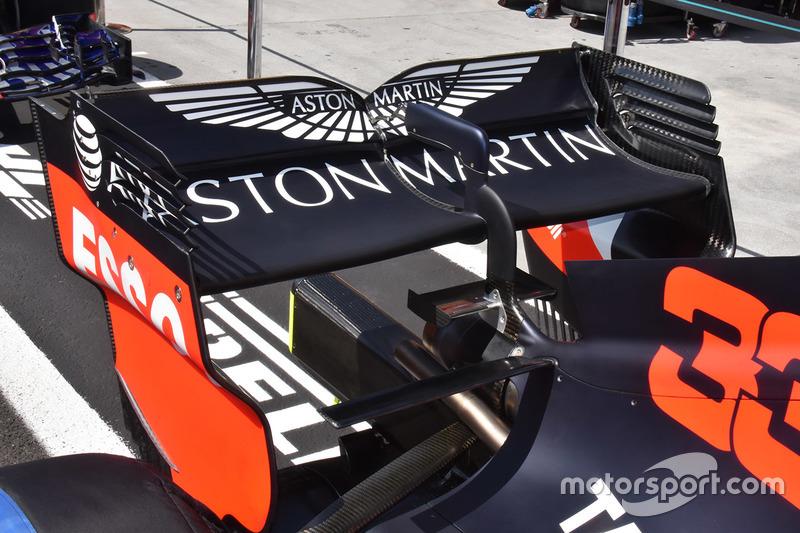 Detail sayap belakang Red Bull Racing RB14