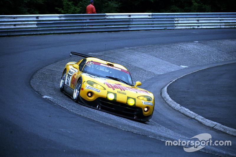 1999: Петер Цаковски, Ханс-Юрген Тиман, Клаус Людвиг, Марк Дюэз – Chrysler Viper GTS-R