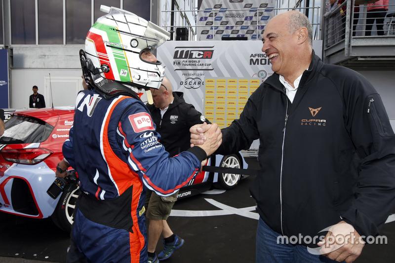 Gabriele Tarquini, BRC Racing Team Hyundai i30 N TCR con Jaime Puig, SEAT Sport