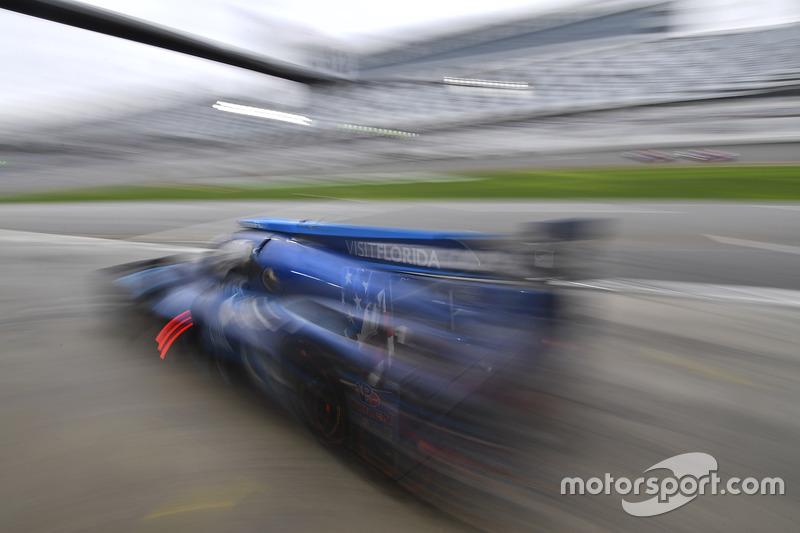#90 VisitFlorida.com Racing Multimatic Riley LMP2: Marc Goossens, Renger van der Zande, René Rast