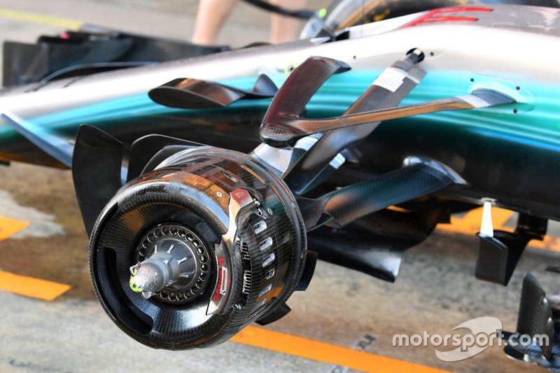 Передняя ступица Mercedes-Benz F1 W08