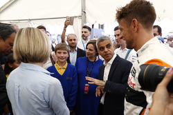 Susie Wolff, Channel 4 F1, Sadiq Khan, Mayor of London, Jenson Button, McLaren, meet children from St George's Cathedral Catholic Primary School, Southwark