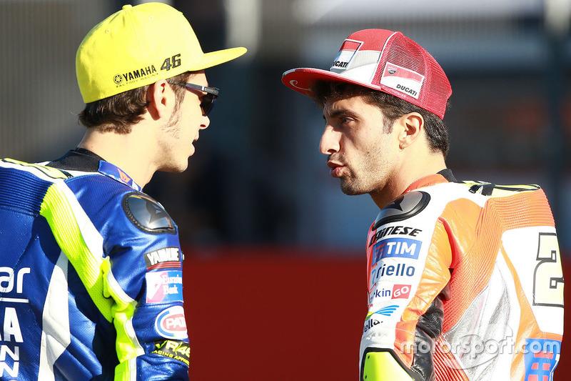 Valentino Rossi, Yamaha Factory Racing; Andrea Iannone, Ducati Team